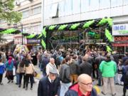 Monster İzmir Mağazasını Açtı